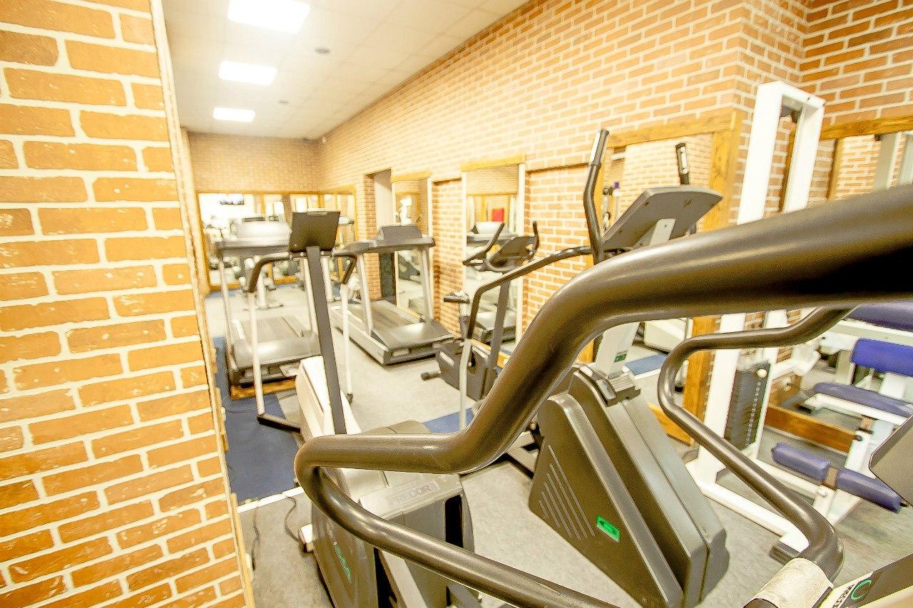 фитнес клубы работа для студентов
